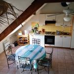 Photo  du gite : cuisine et coin repas