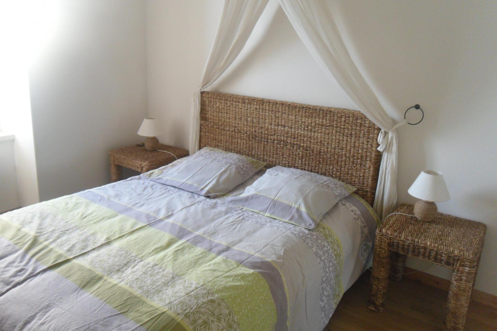 Image n°7 du gîte de mer : Chambre avec lit de 140